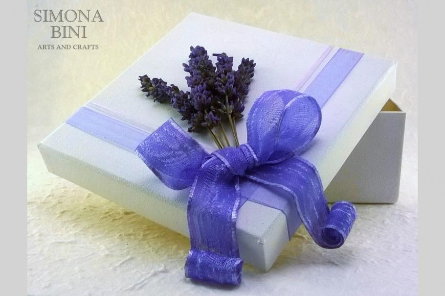 Scatola con lavanda – Box with lavender