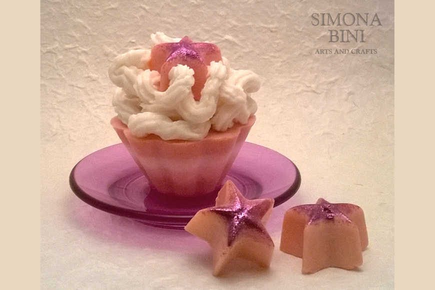 Sapone a forma di pasticcino – Soap shaped like a pastry
