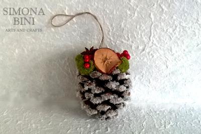 Pigne natalizie – Christmas pine cones