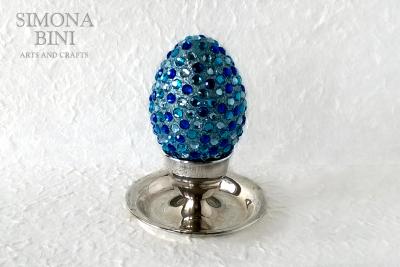 Ovetto di Pasqua con glitter e strass blu –  Easter egg with glitter and blue strass