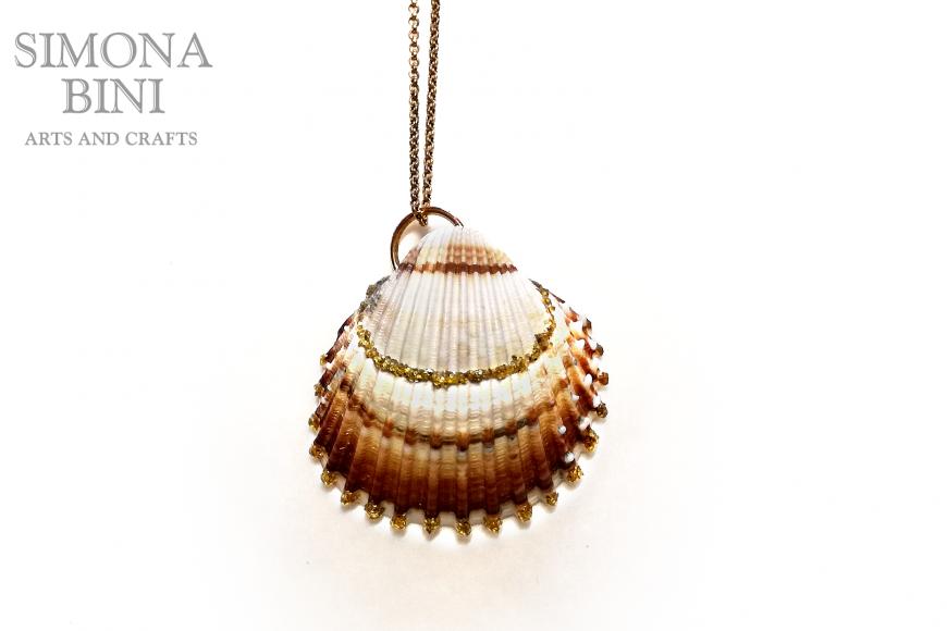 GIOIELLI VENUTI DAL MARE – Ciondolo reginella – Pendant from the sea
