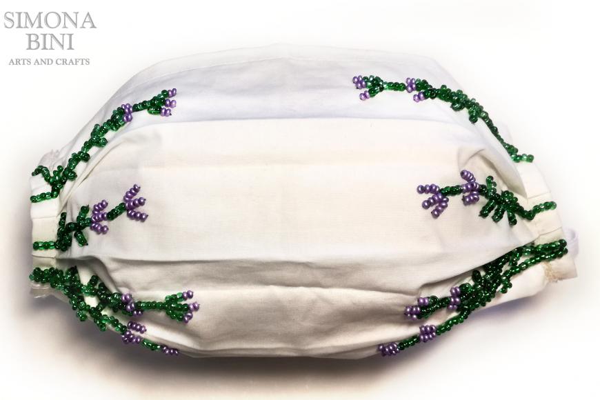 Come decorare una mascherina da chirurgo con le perline –  Decorated mask