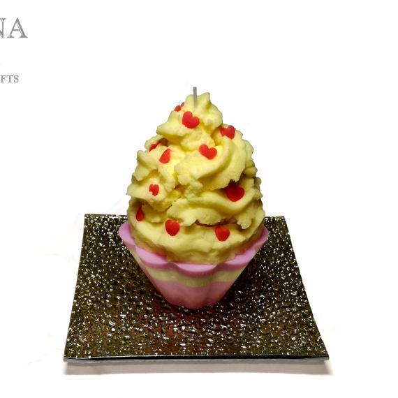Una candela a forma di cupcake gialla – TUTORIAL